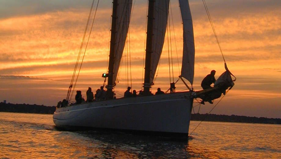 boston day sail sunset