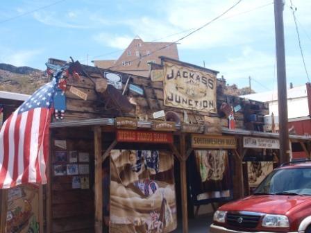 Típica Tienda en Oatman