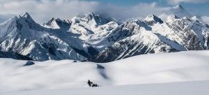 gallery-snowmobiling-03-990x450