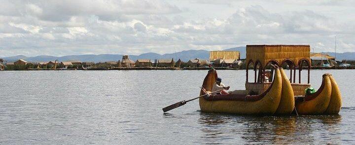 Rowing Island Uros Raft Peru Puno