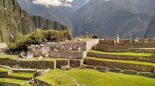 Machu-Picchu-R