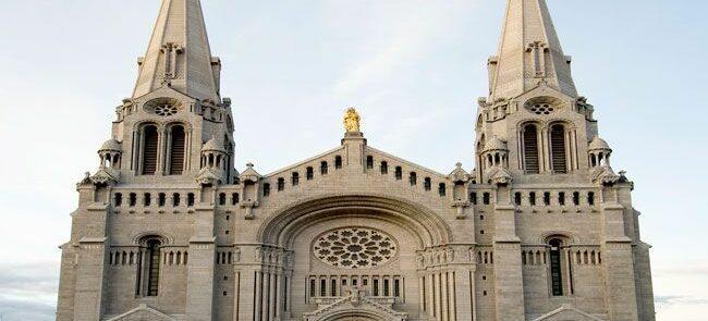 Basilica_of_Sainte-Anne-de-Beaupreweb